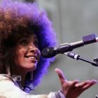 Esperanza Spalding. Radio music society. Photo : http://www.pascalkober.com