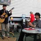 Ulf Wakenius et Vincent Peirani. Jazz à Vienne 2013. Photo : Pascal Kober